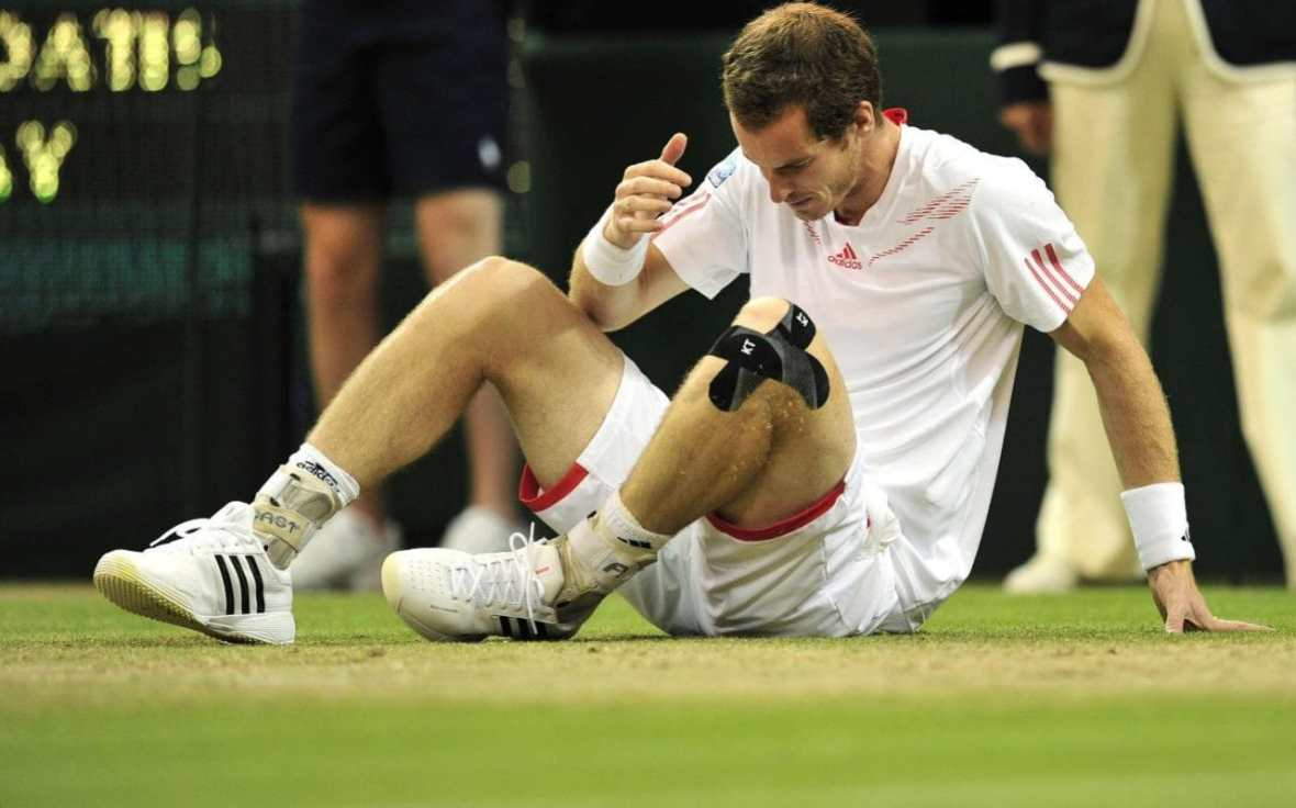 Andy Murray wearing KT TAPE